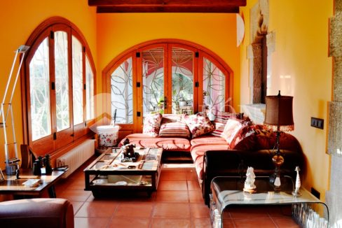 01393-08-buy-house-in-barcelona-coast-6xylehdgr9udvizulmo2ts2l60aw34e6a6ksy093zju