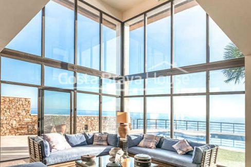21-spectaculaire-maison-de-luxe-en-bord-de-mer-a-sant-feliu-guixols