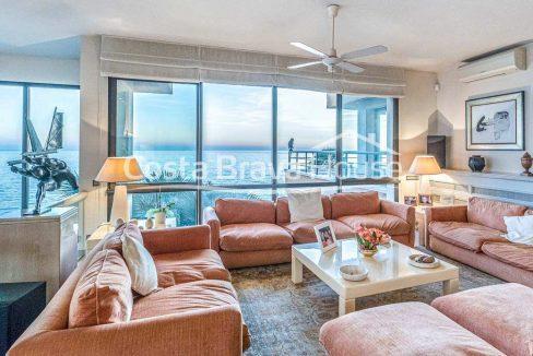 26-spectaculaire-maison-de-luxe-en-bord-de-mer-a-sant-feliu-guixols