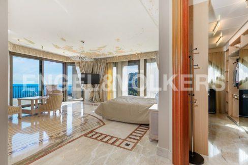 extraordinaria-villa-de-lujo-con-panorámicas-vistas-al-mar (23)