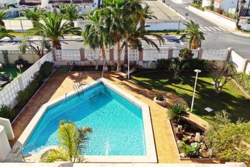 image_villa-en-venta-en-roquetas-de-mar-de-464m2-ref-77563146374_1-1740x960-c-center