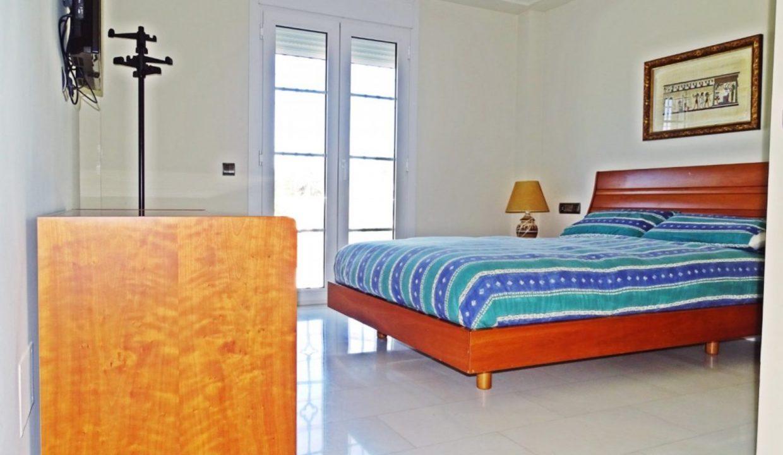 image_villa-en-venta-en-roquetas-de-mar-de-464m2-ref-77563146374_36-1740x960-c-center