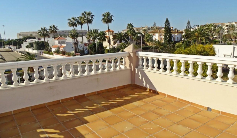 image_villa-en-venta-en-roquetas-de-mar-de-464m2-ref-77563146374_37-1740x960-c-center