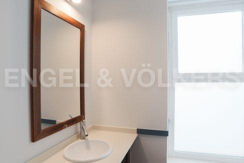 increible-ático-dúplex-con-piscina-en-la-alameda-cuarto-de-baño