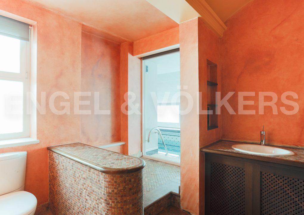 increible-ático-dúplex-con-piscina-en-la-alameda-cuarto-de-baño-en-suite