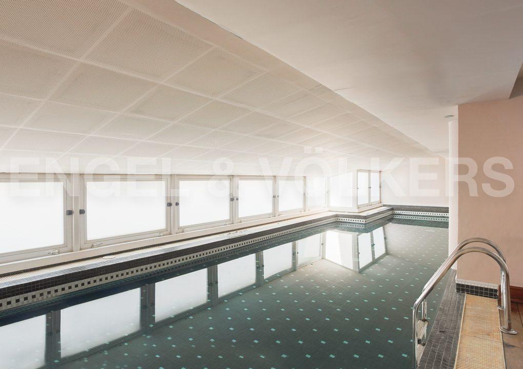 increible-ático-dúplex-con-piscina-en-la-alameda-piscina-climatizada
