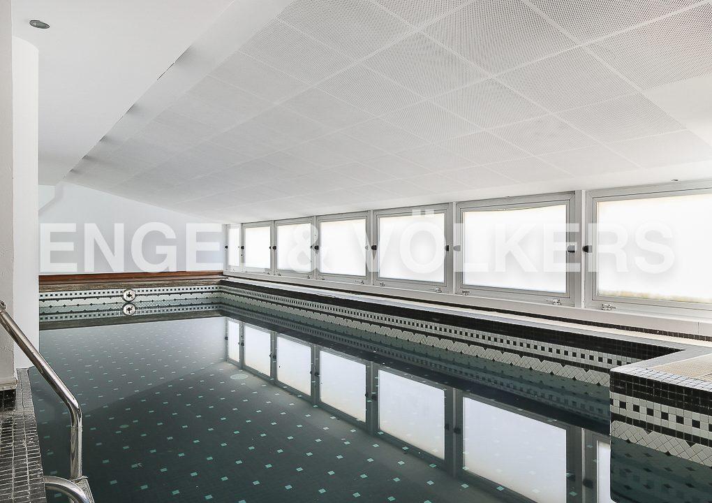 increible-ático-dúplex-con-piscina-en-la-alameda-piscina-climatizada (2)