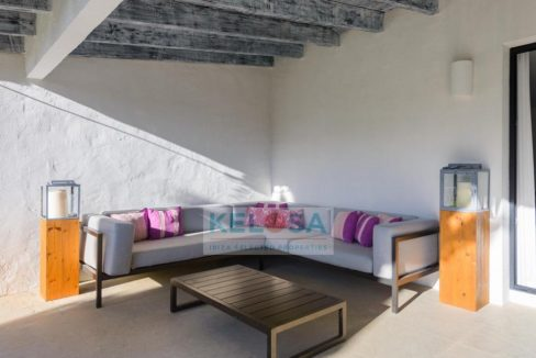 tn_910_606_storage_2020_November_week1_35444_09_Ibiza_KELOSA_Modernized_villa_near_Es_Cavallet_beach_WM