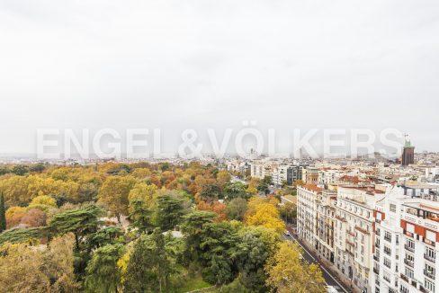 piso-con-espectaculares-vistas-al-parque-del-retiro