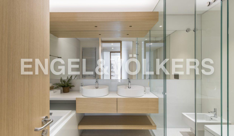 piso-de-excelentes-calidades-y-diseño-baño (1)