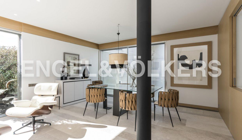 piso-de-excelentes-calidades-y-diseño-comedor (1)