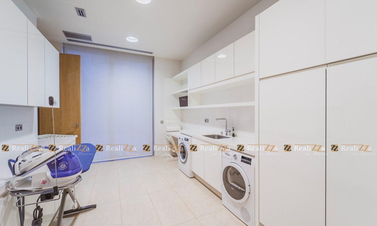 Realizza-La-Finca-vende-esta-vivienda-personalizada-en-la-urbanización-de-lo-38