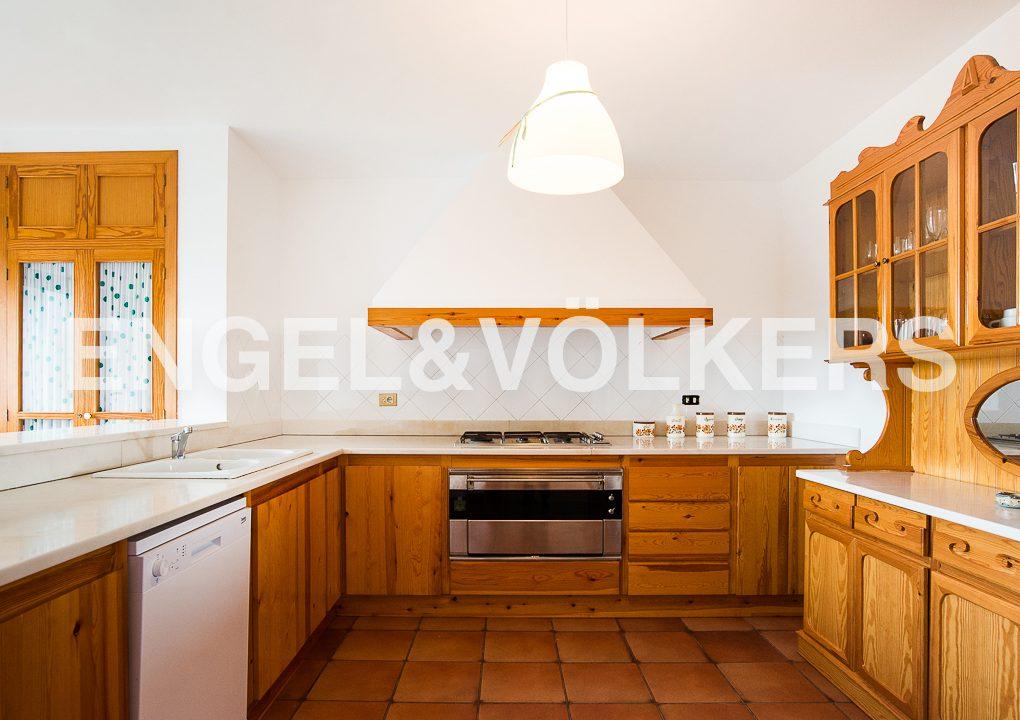 impresionante-villa-en-peñíscola-cocina
