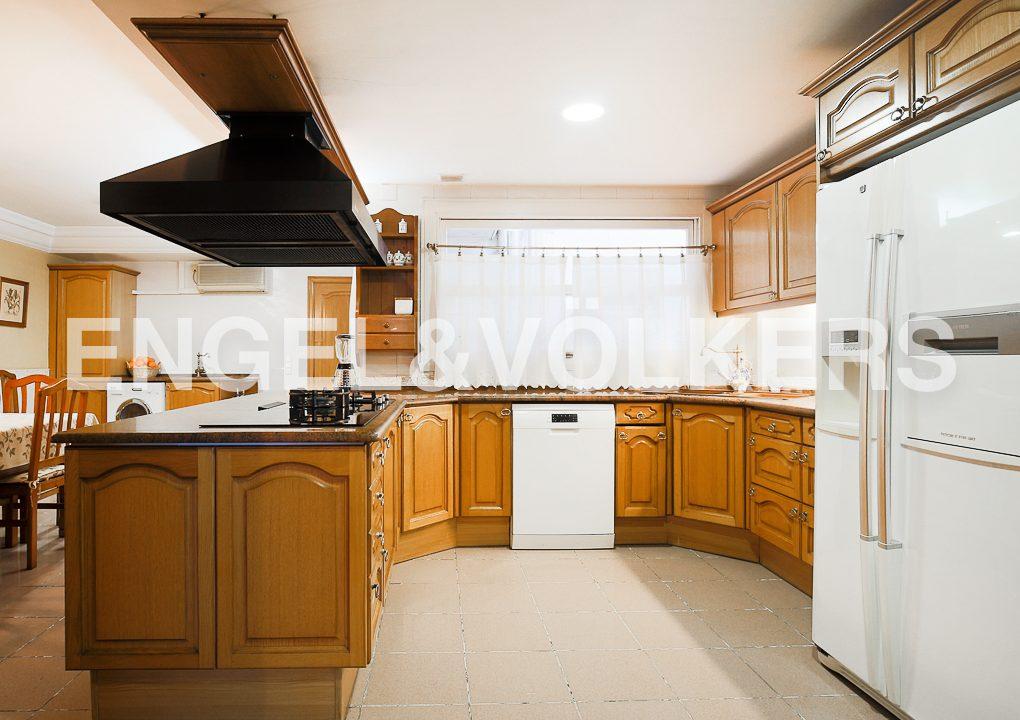 luminosidad-vistas-y-amplitud-en-el-centro-cocina (1)