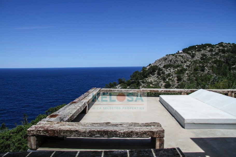 tn_910_606_storage_2020_March_week2_31224_10_Kelosa_Ibiza_Minimalist_villa_with_stunning_sea_view_Na_Xamena_WM