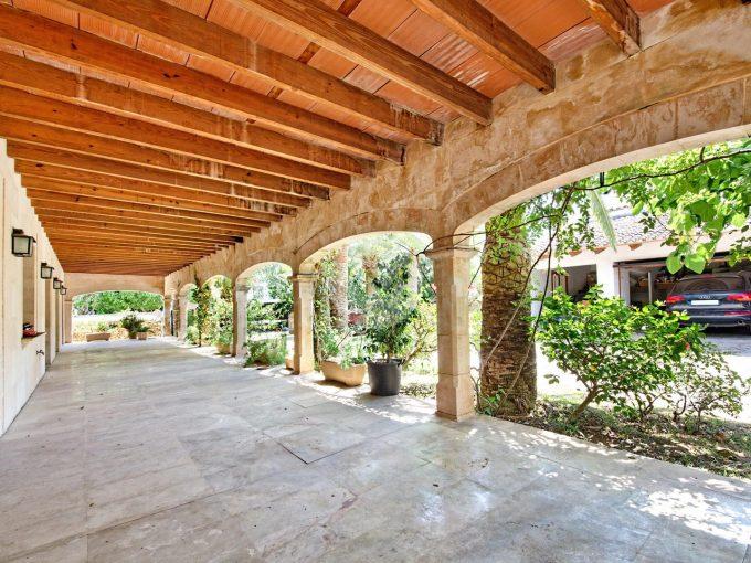 Portal Inmobiliario de Lujo en Son Dureta, presenta chalet de lujo venta en Mallorca, hogar premium para comprar y vivienda de lujo en venta en Baleares.