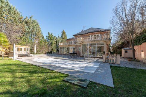 Portal Inmobiliario de Lujo en Fuente del Fresno, presenta chalet de lujo venta en Madrid, propiedades para comprar y hogar independiente en venta en San Sebastián de los Reyes.
