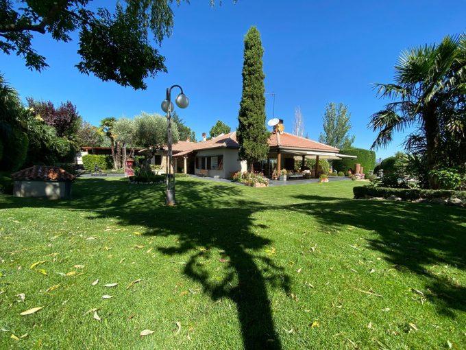 Portal Inmobiliario de Lujo en La Moraleja, presenta chalet de lujo venta en Madrid, casa para comprar y vivienda independiente en venta en Alcobendas.