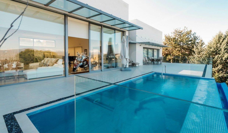 Portal Inmobiliario de Lujo en Ciudalcampo, presenta lujoso chalet venta en Madrid, inmuebles premium para comprar y viviendas de lujo independientes en venta en Área de Santo Domingo.