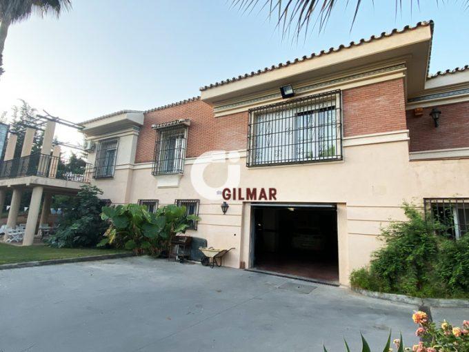 Portal Inmobiliario de Lujo en Churriana, presenta chalet de lujo venta en Málaga, casa independiente para comprar y propiedades lujosas en venta en El Olivar.