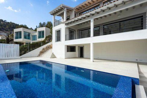 Portal Inmobiliario de Lujo en Son Vida, presenta chalet de lujo venta en Mallorca, casas lujosas para comprar y hogar premium en venta en Baleares.