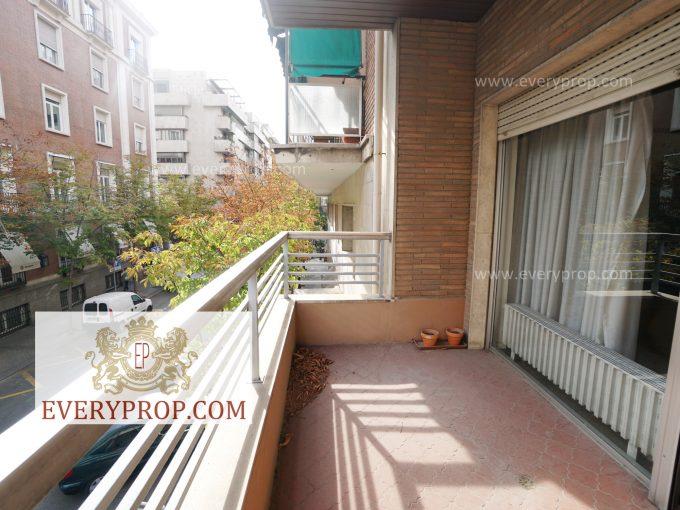 Portal Inmobiliario de Lujo en Castellana, presenta piso a reformar venta en Madrid, apartamento a restaurar para comprar y domicilio para enmendar en venta en Salamanca.